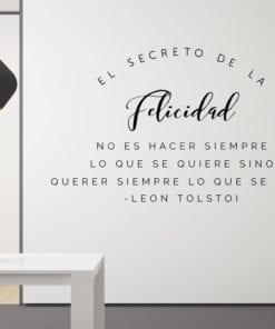 El-secreto-de-la-felicidad-no-es-hacer-siempre-lo-que-se-quiere-sino-querer-siempre-lo-que-se-hace.-León-Tolstoi